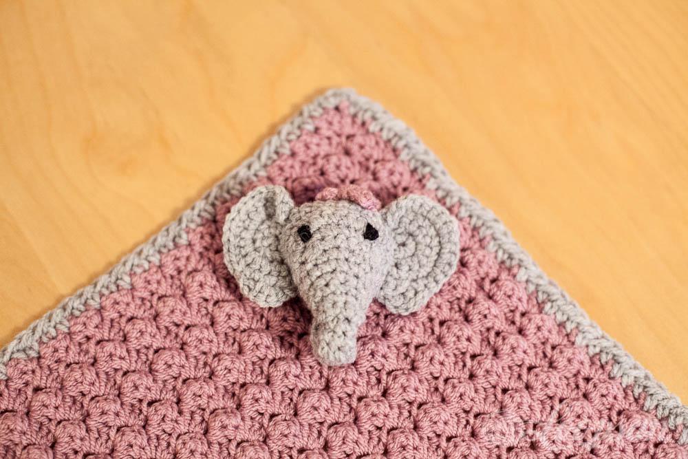 Elefant on Blanket close up