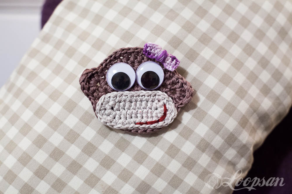 Cheeky Monkey Badge Free Pattern by Loopsan