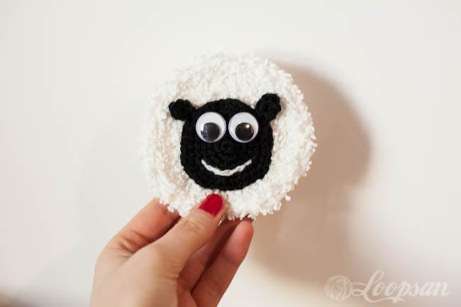 Minty the Happy Sheep Badge