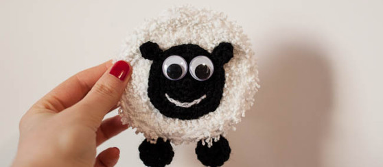 Minty The Happy Sheep Badge Free Pattern Loopsan Crochet Blog