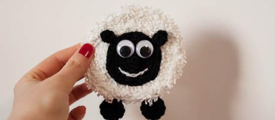 Minty The Happy Sheep Badge Free Pattern Loopsan Crochet Blog
