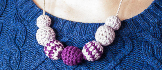 Crochet Bead Necklace- Free pattern by Loopsan