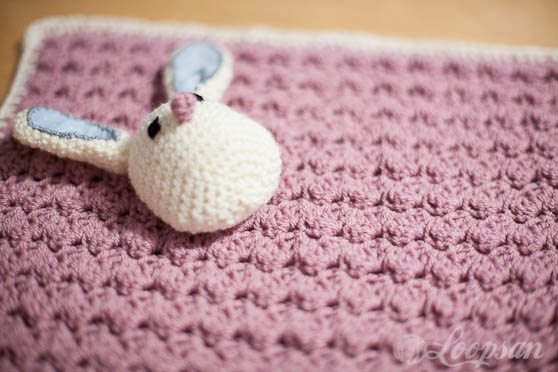 Brini- The Bunny Carseat Blanket Free Pattern