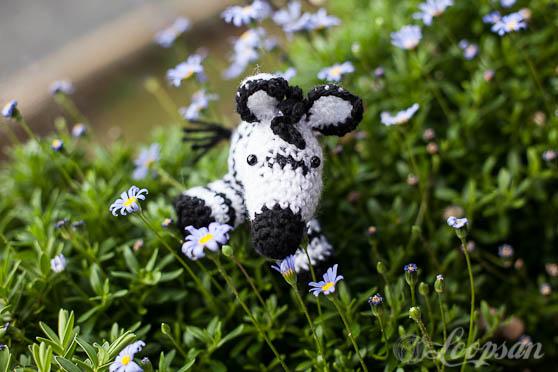Amigurumi Askina Free Patterns : Zoe - The Zebra - Loopsan Crochet Blog